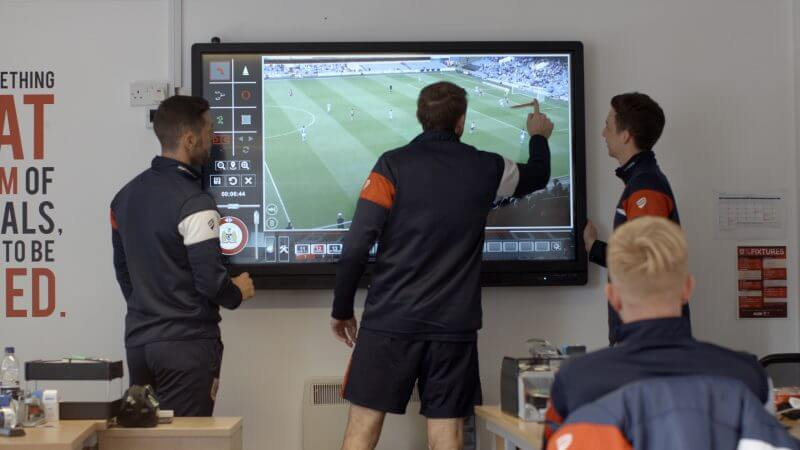 4 Key Benefits of Video Analysis in Football